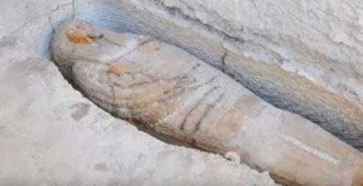 mistiriodis-moumia-theou-ammon-egipto-700x360