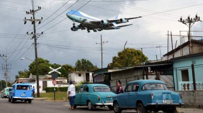 air-force-one-over-havana1070new