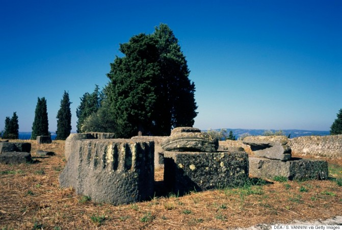 ITALY - CIRCA 2016: Ruins of the basilica in the Forum area, ancient Roman city of Volsinii, Poggio Moscini archaeological area, Bolsena, Lazio, Italy. Roman civilisation. (Photo by DeAgostini/Getty Images)